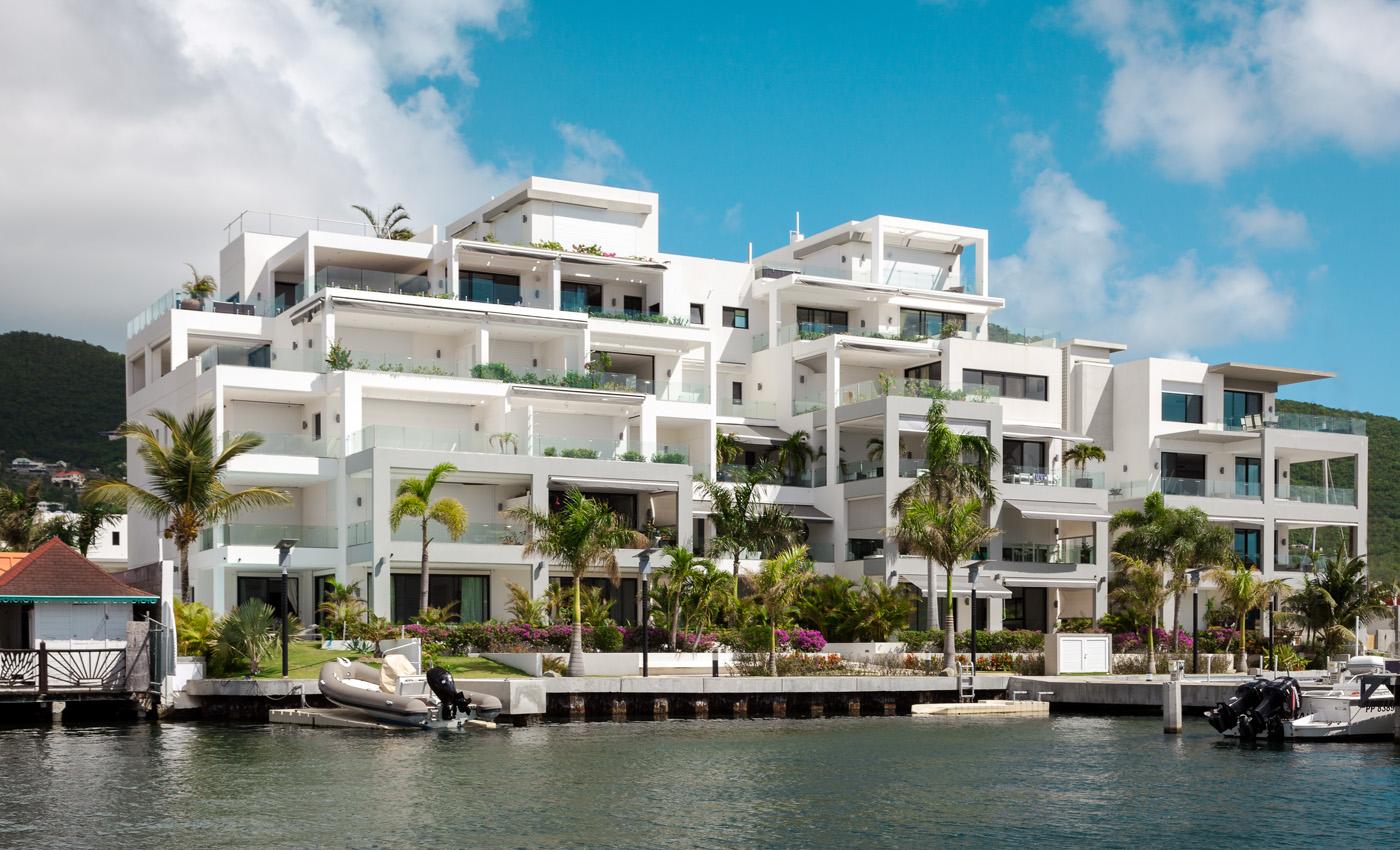 Las Brisas Residence & Marina