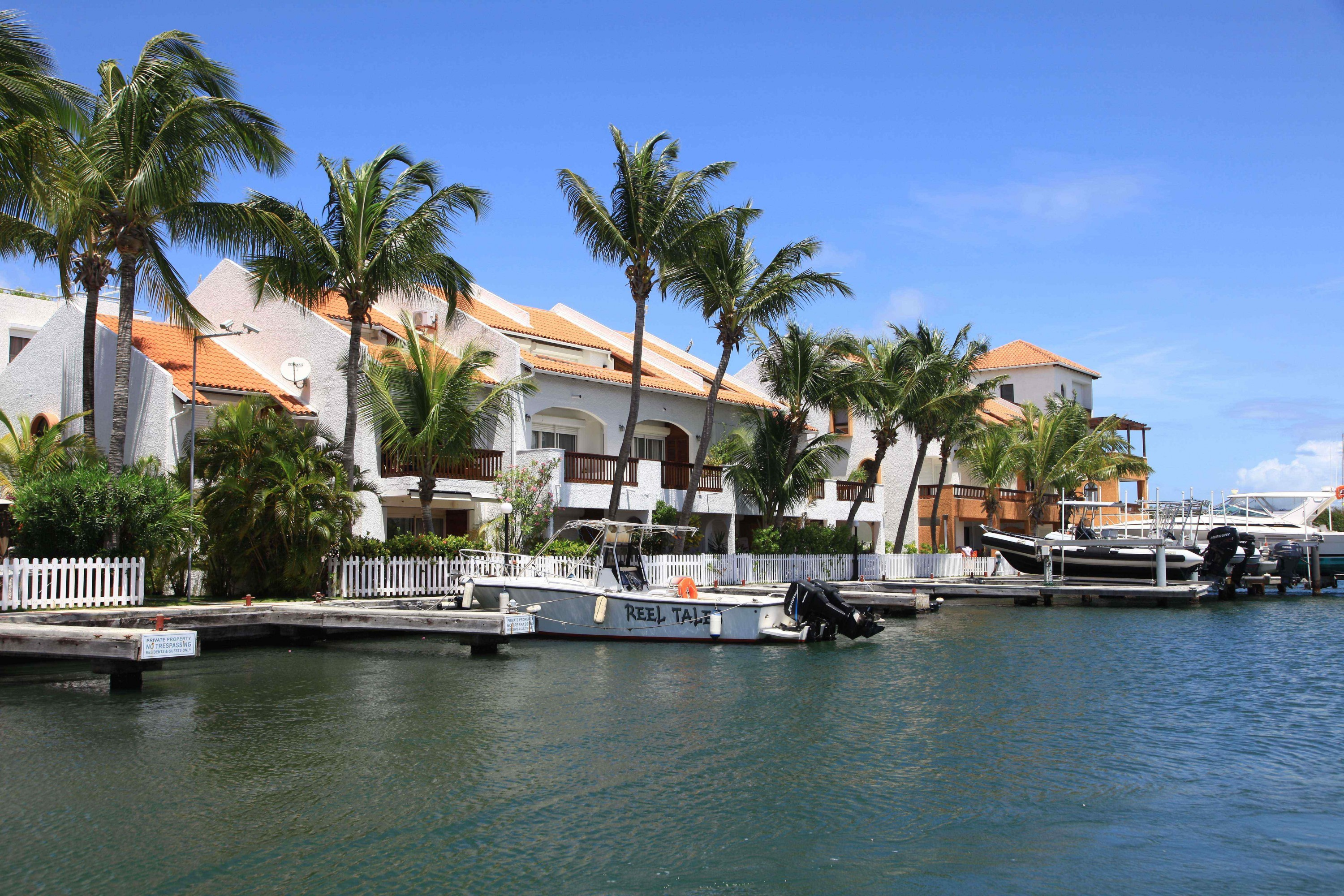 Simpson Bay Yacht Club  - d78fc-IMG_6831.jpg