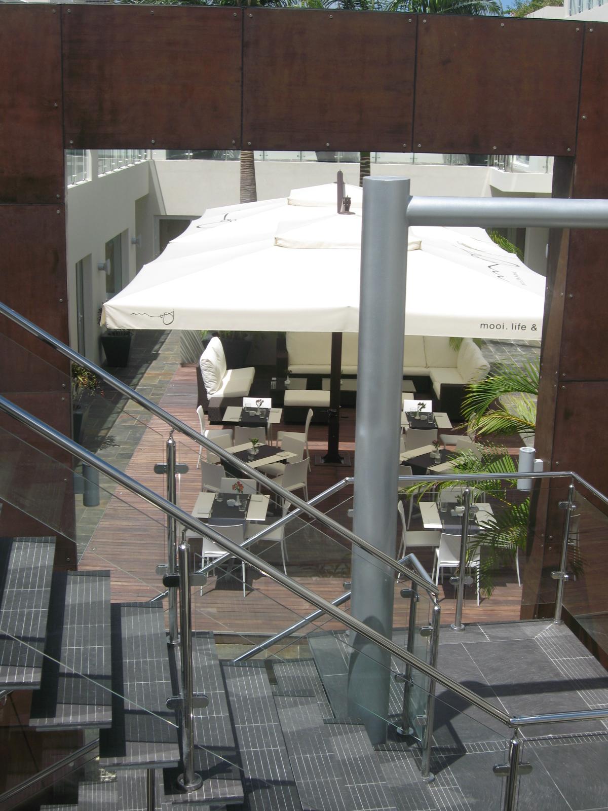 Puerta del Sol Plaza - e026a-IMG_2229.JPG